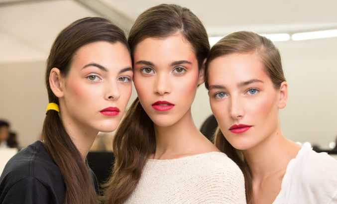HBS-List: 7 средств для создания монохромного макияжа