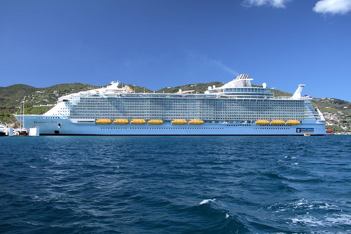 Самый большой корабль картинка