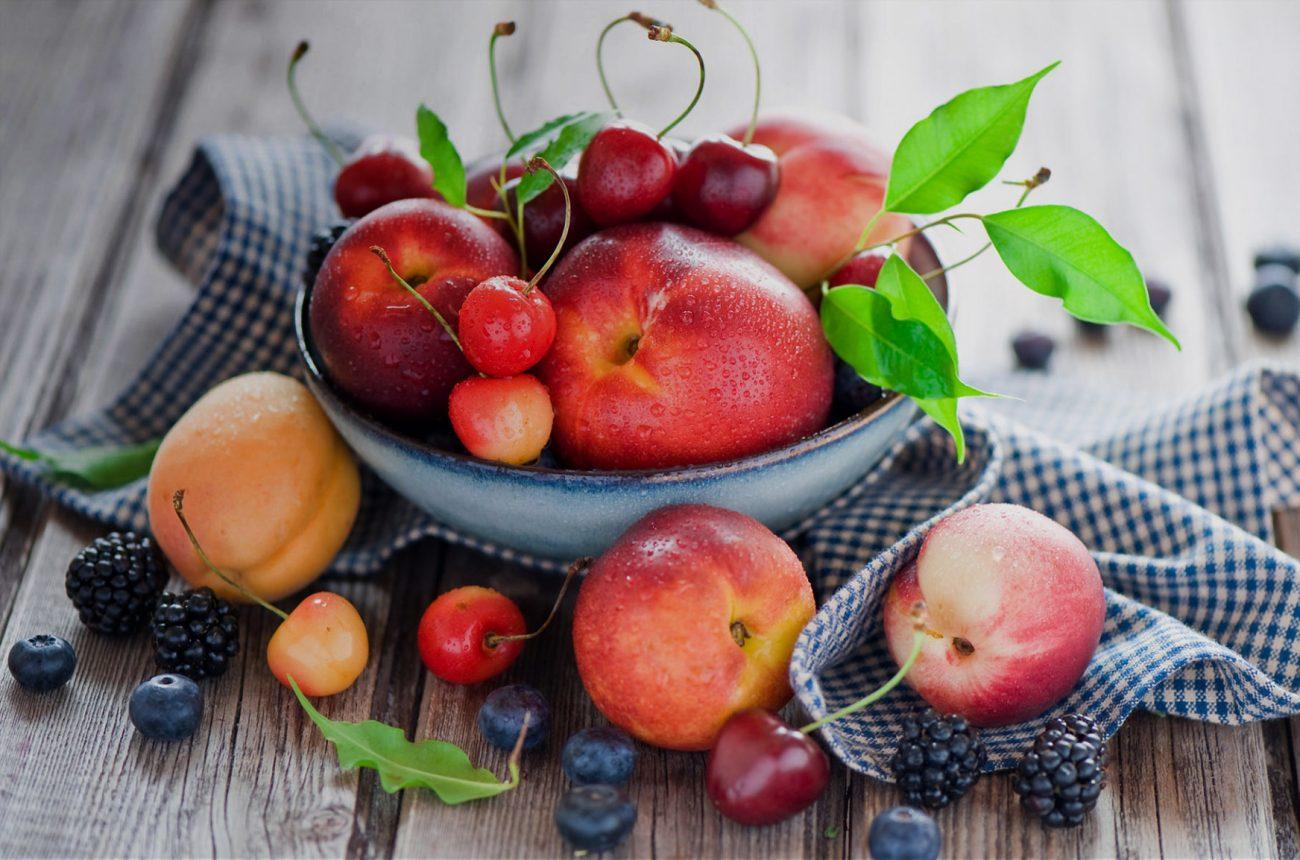 Фрукты и ягоды вызывают аппетит