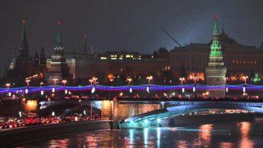 Собчак и Навальный сделали новогодние обращения