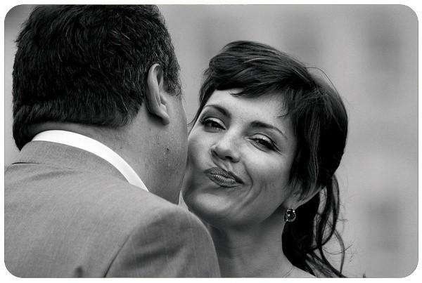 Приветственный поцелуй