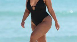 Эшли Грэм в новой рекламной кампании: ни капли ретуши!