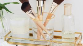Первая коллекция кистей для макияжа от Clarins