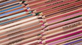 Раскраска! Как макияж превратился в урок рисования?