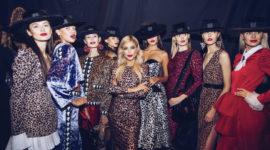 Белла Потемкина диктует модные тренды в рамках показа на MBFW