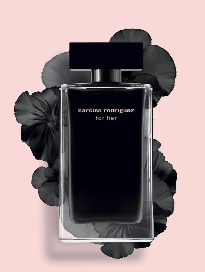 Юбилей двух легенд: Narciso Rodriguez и его аромат «For her» отмечают круглую дату