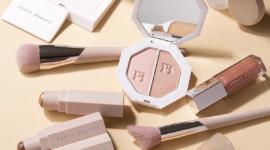 Fenty Beauty: создаём зимний макияж по инструкции визажиста Рианны