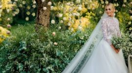 Backstage со свадьбы Кьяры Ферраньи: примерка платья
