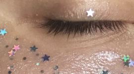 Маленькие звезды в баночках с масками для лица от MIXIT
