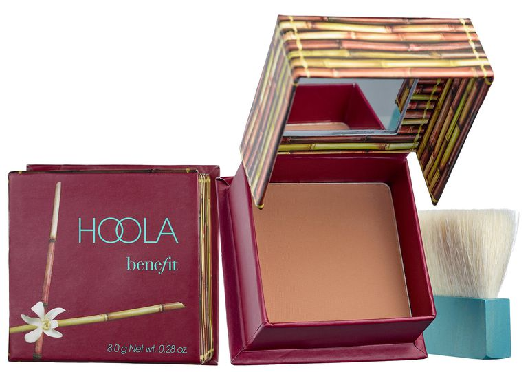бронзер Hoola от Benefit