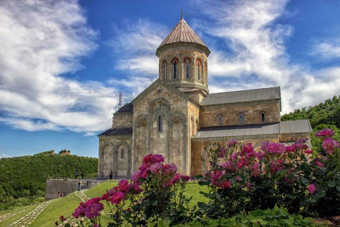 HBS гид: путешествие по городам Грузии