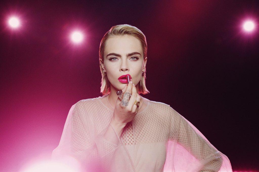 модель Кара Делевинь для Dior