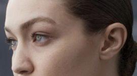 Чистая красота: Ирина Шейк и Джиджи Хадид в новом проекте Burberry