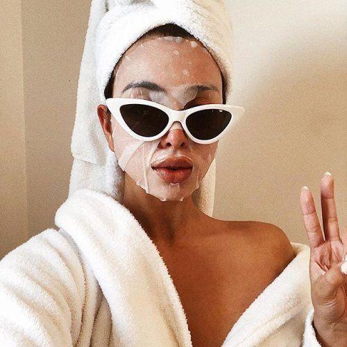 HBS-List: 6 идеальных очищающих салфеток для тех, кому иногда лень смывать макияж