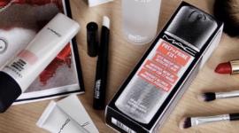 M.A.C. раздает помады за пустые упаковки от косметики