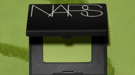 Nars создал монотени для век в оттенке модного чая матча