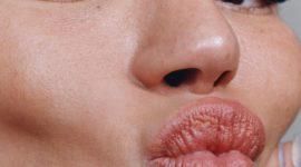 HBS List: 10 средств, которые помогут визуально увеличить губы