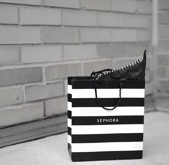 """Парфюмерно-косметический магазин """"Sephora"""" откроется в ТРЦ """"Европейский"""" в Москве"""