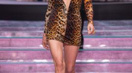 Ирина Шейк, сестры Хадид и Стелла Максвелл на показе мужской коллекции Versace