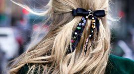 Аксессуары для волос, которые сработают: пять идей для украшения прически