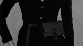 Цвет недели: матовый черный в новой интерпретации сумок Lady Dior и Saddle bag