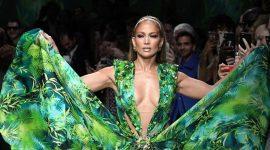 Versace выпустил люксовые ароматы, вдохновленные образом Дженнифер Лопес