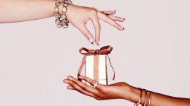 Выбор HBS: 15 люксовых наборов на Новый год