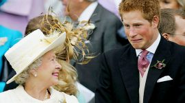 """Королева Елизавета II: """"Я хотела бы быть лошадью"""""""