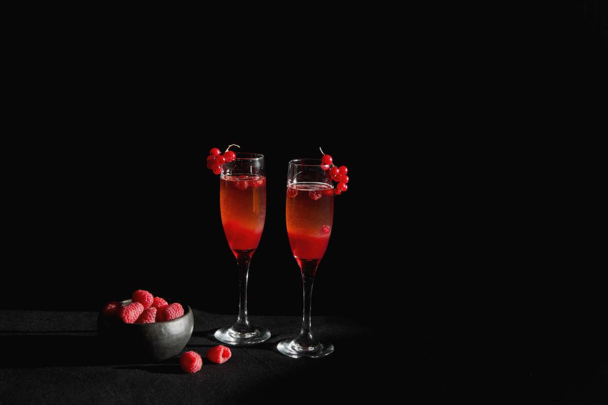 коктейль из малины и маракуйи, День Валентина, изысканные напитки