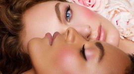 Трендовый персиковый макияж в исполнении визажистов MAC