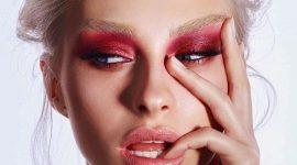 Цветной smoky eyes