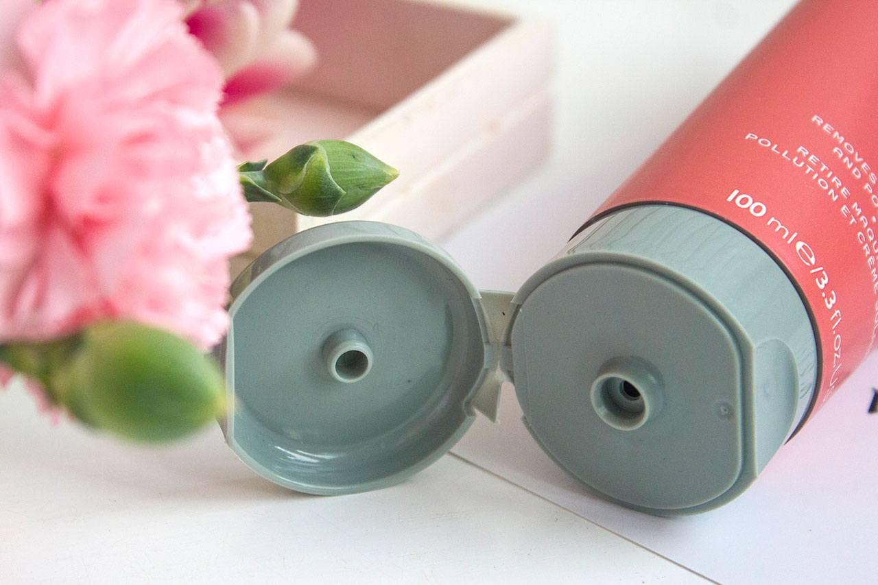 упаковка REN Perfect Canvas Clean Jelly Oil Cleanser