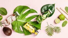 Три рецепта детокс-воды, которые утолят жажду