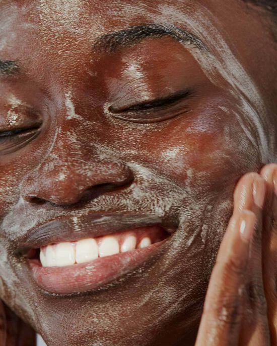 Пенка для умывания Fenty Skin