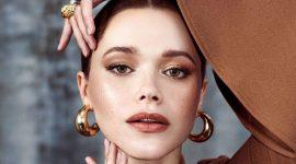 Дымчатый макияж актрисы Адриа Архона