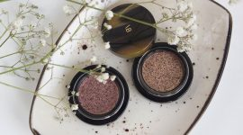 Тени Victoria Beckham Beauty Lid Lustre в оттенках Tea Rose и Honey — отзыв и свотчи