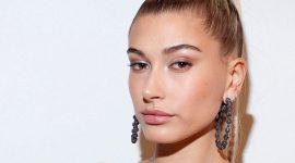 Персиковый макияж: показывает Хейли Бибер