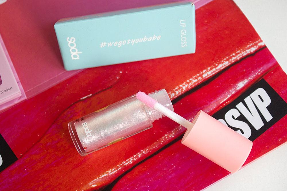 Soda #Wegotyoubabe Glitter Lipgloss в оттенке Diamond Sugar