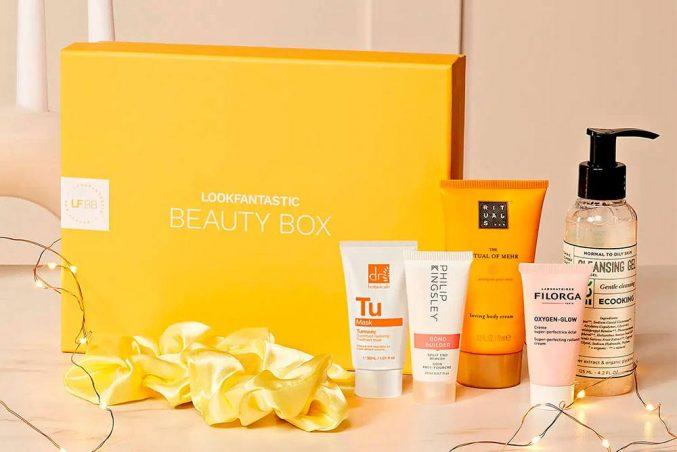 Lookfantastic Beauty Box October 2021 — наполнение (и акция на боксы)